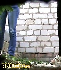 Spycam outdoor piss mix with amateur gal